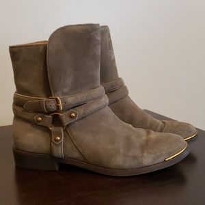 UGG Kelby  Suede Boot